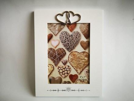 Photo Frame with Hearts Heartframe