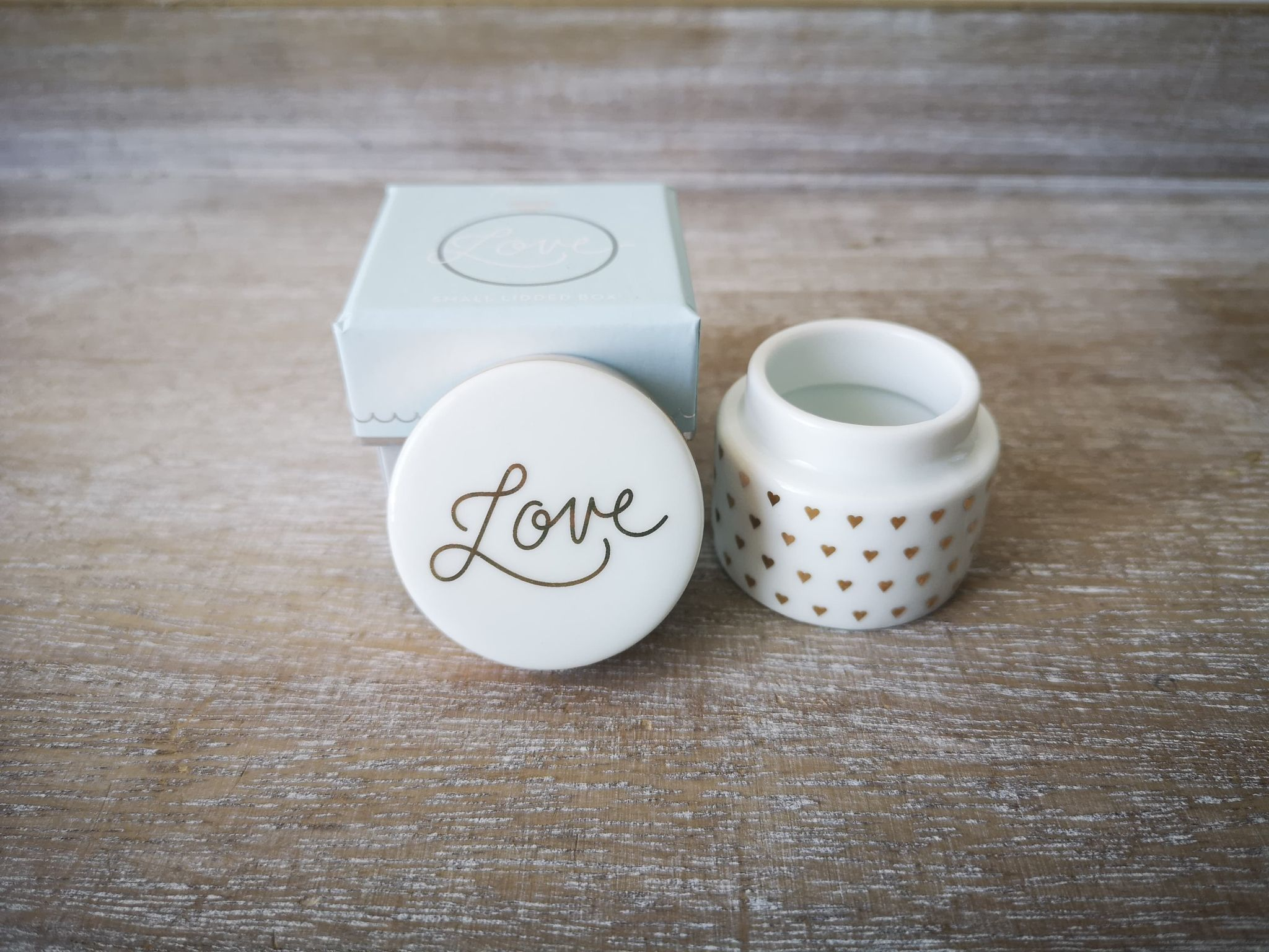 'Love' Ring Box Loveringbox