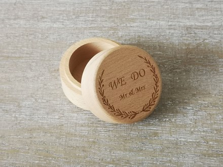 """We Do"" Ring Box Wedobox"