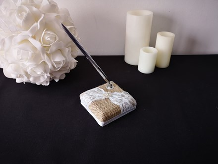 Burlap and Lace Wedding Pen Burlap-and-Lace-Wedding-Pen