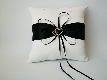 Double Heart Ring Cushion Black and White Double-Heart-Ring-Cushion-Black-and-White