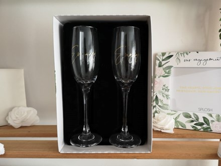 'Engaged' Champagne Flutes FCF23
