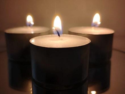 7-9Hr Tealight Candles 50p 7-9Hr Tealight Candles 50p