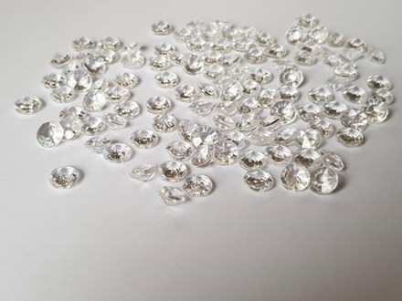 Clear Diamond Confetti 8mm Clear-Diamond-Confetti-8mm